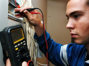 cruise ship electrician jobs - Responsibilities Of An Electrician