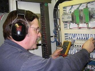 Cruise ship chief electrician