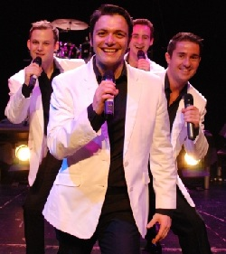 Cruise ship Headline Enterainers - Singers