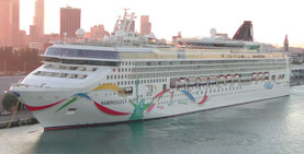 NCL-Norwegian Dawn ship