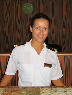 Cruise ship Second Purser Administration