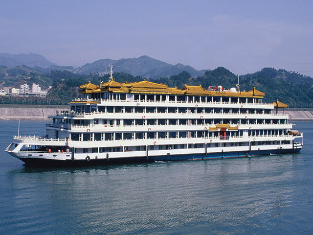 President No.3 Cruise, a 5-star cruise, is also called